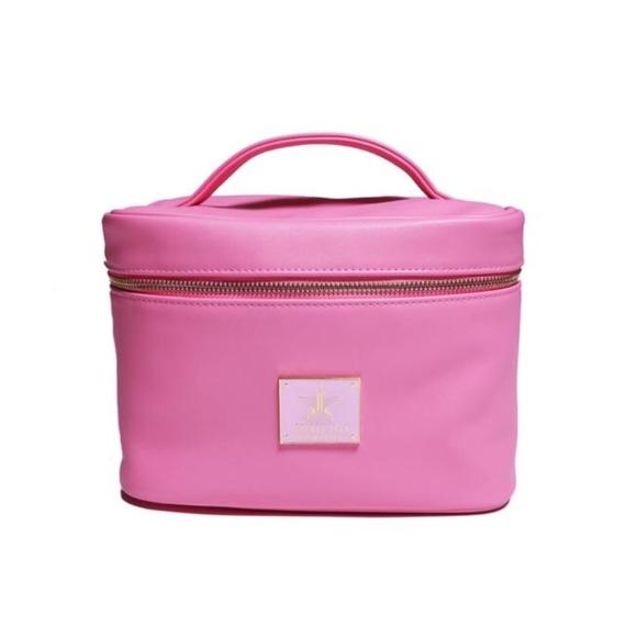 Jeffree Star Handbags - Jeffree Star baby pink make up bag